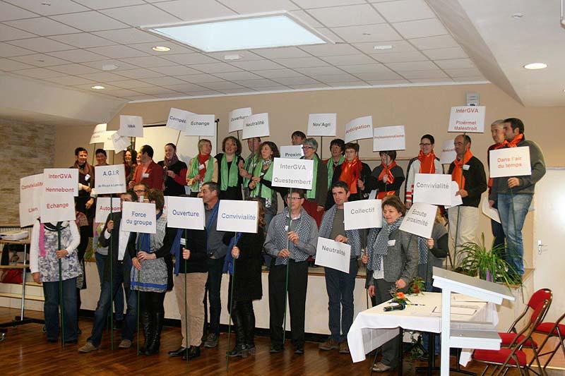 Présentation humaine des différents groupes locaux et de leurs projets lors de l'AG